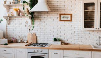 Pourquoi pulvériser une cuisine ?