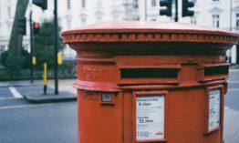 Quels sont les tarifs postaux pour le courrier intérieur ?
